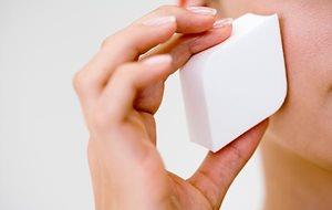 3b4ba964e Limpie con regularidad los aplicadores para reducir las bacterias